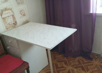 Сдам 1-комн. Чайковского 15, 31кв.м,  4/5кир, окна ПВХ, есть стол, табуреты, пли