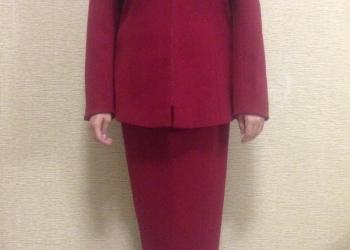 Костюм тройка (пиджак,жилетка,юбка)