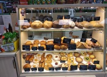 Отдел в магазине по продаже хлеба и выпечки