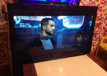 Телевизор Panasonic tx-lr 32u3