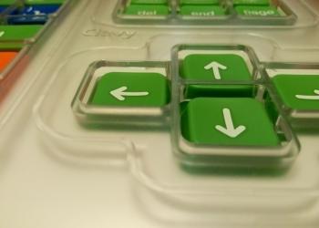 Специализированная клавиатура и джойстик для детей с ОВЗ