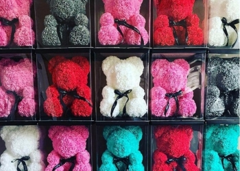 Мишки из роз, подарок на 8 марта!