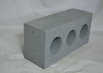 Блоки пескоцементные и кермзитобетонные 40-20-20 (390-190-190).