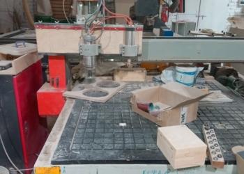 Фрезерный станок с чпу+(вакуумный стол,поворотная ось) продажа