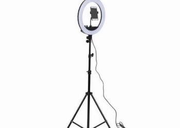 Кольцевая лампа 26см со штативом
