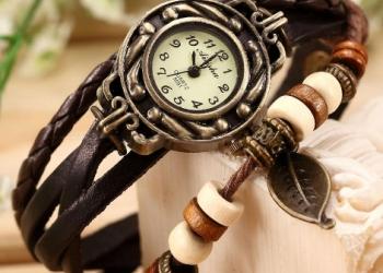 """продам Винтажные часы """"Лист Магнолии"""", коричневый ремешок"""