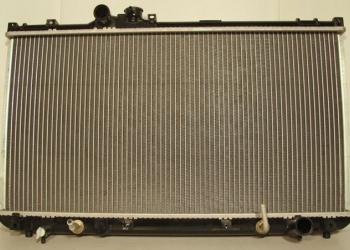 радиатор охлаждения Лексус айс 200