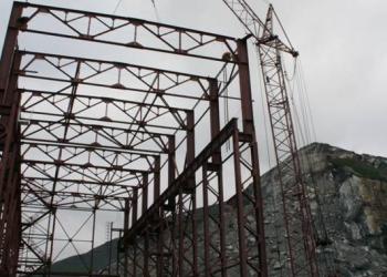 Кран грузоподъемностью 60 тонн в аренду в Мурмаснке
