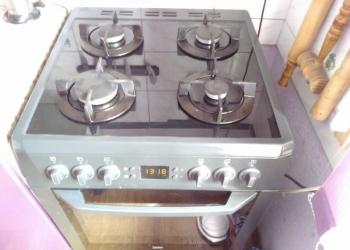 Срочно продам новую газовую плиту beko турецкая. Плита электрическая. Продам за