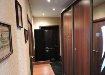 Продаю 2-х комнатную квартиру в центре ЗЖМ.