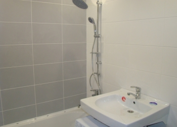 Ванную комнату и санузел отремонтирую. Без посредников.