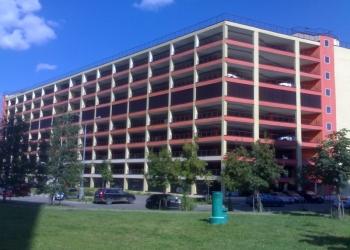 Сдам в аренду машиноместо в многоуровневом паркинге
