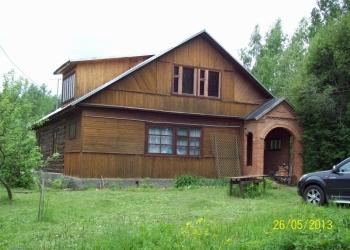 Красивый участок с большим домом на Волге