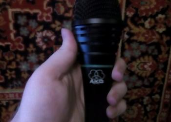 Продам AKG D3800 микрофон вокальный