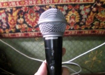 Продам микрофон samson R21S