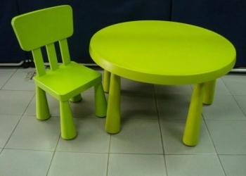 Детский стол ИКЕА маммут  и стул б/у