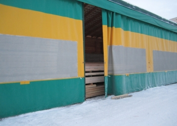 Брезентовые шторы для гаража