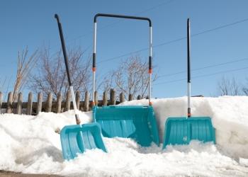 Ручная уборка снега и наледи