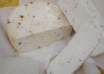 молоко домашнее, сыр