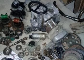 двигатель и запчасти к мотоциклу Урал