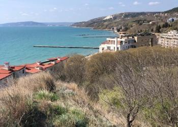 Продам участок земли с проектом .на берегу моря