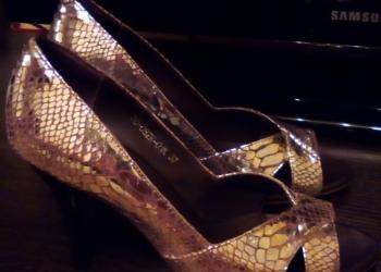 Модельные выходные туфли