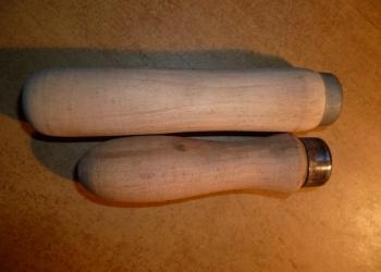 Ручка из дерева для напильника.