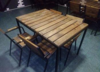 Столы и стулья в стиле лофт для кафе и дома