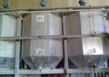 Емкость с мешалкой  из нерж. стали, 4 м2