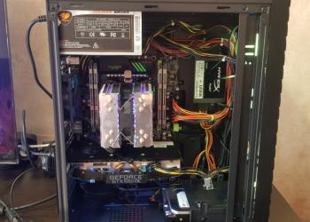 Новый мощный игровой компьютер Xeon