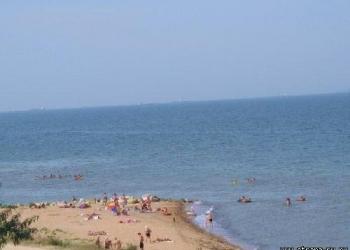 Летний отдых на Азовском море, пос. Ильич, до пляжа 20 метров