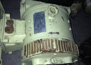 Продам электродвигатель П22-М72 ОМ5 с ЗИПом, судовую арматуру