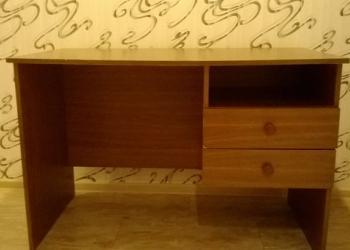 Продам письменный стол в хорошем состоянии