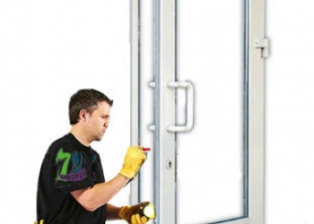 Ремонт и обслуживание пластиковых окон и дверей