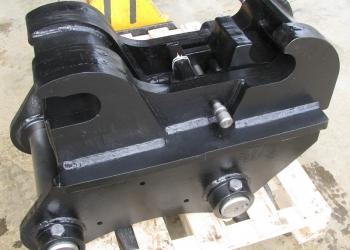 Механический быстросъем для экскаваторов 23 - 27 тонн. Собственное производство.