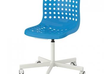 Компьюторный вращающийся стул,Икеа
