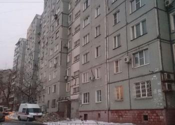 Продам трёхкомнатную квартиру, ул. Джамбула, 25