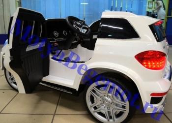 Автомобиль детский Mercedes-Benz Gl-63 предназначен для катания детей от 1 года