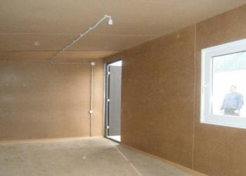 Дачный домик-бытовка 4 м х 2,45 м за 69500 рублей.