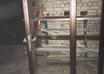 Продам двери металлические