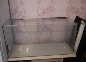 Продам аквариум 1000х500х400 с тумбой и подсветкой