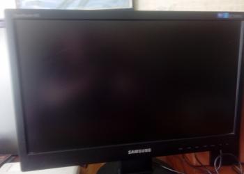 Монитор SAMSUNG SyncMaster943