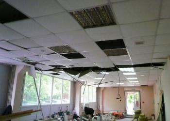 Монтаж, ремонт и восстановление потолков армстронг.
