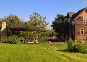 Продаются 2 дома в селе Старая Рязань на участке 30 соток.