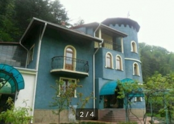 Комната в 2-к 20 м2, 1 эт., 3 эт. дом