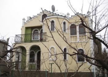 Сдается посуточно дом 150 м2, Бухта Казачья, 2эт., ул.Рубежная, 60м. от моря