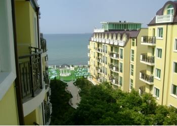 Студия 50м2 на берегу моря 1линия Болгария