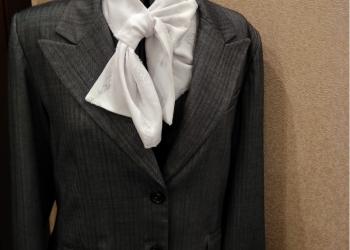 продаю пиджак серый хорошего качества р 54