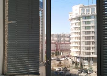 Уборка квартир-офисов-мойка балконов-окон.