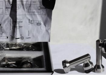 Стойка крепления стекло-пол/потолок. TT-205-75 SSS